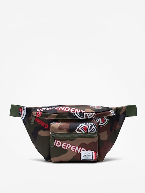 Nerka Herschel Supply Co. Independent Seventeen (woodland camo multi independent logo/cypress)