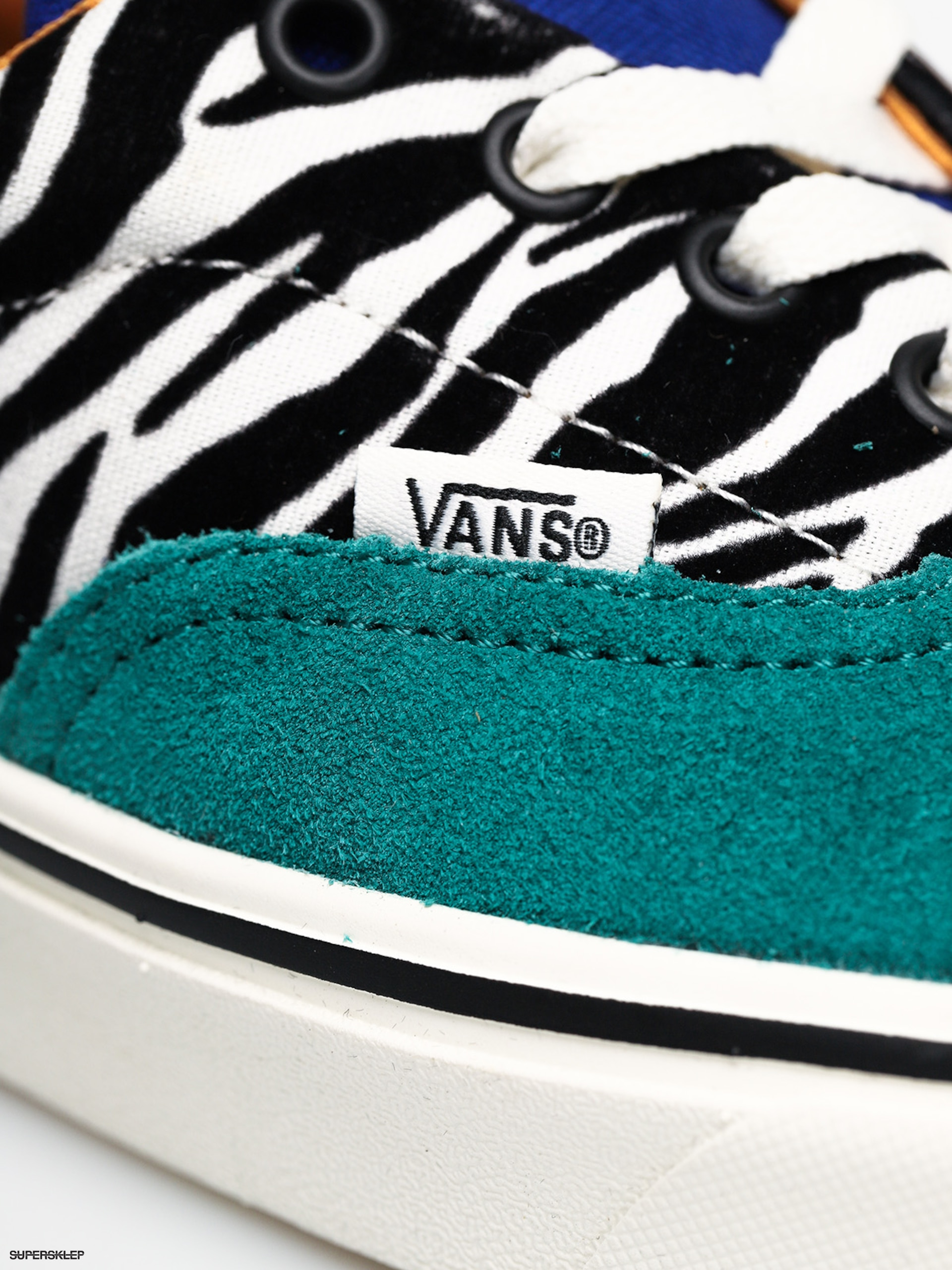Buty Vans Comfycush Era (zebratidepool surf the wb)