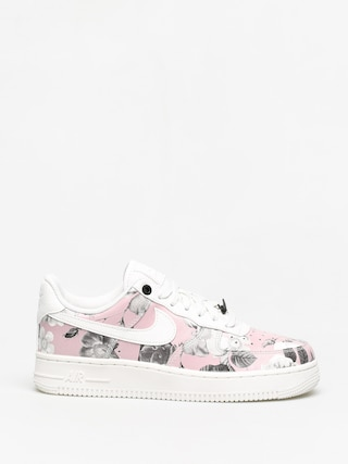 Buty Nike Air Force 1 07 Lxx Wmn (summit white/summit white summit white)