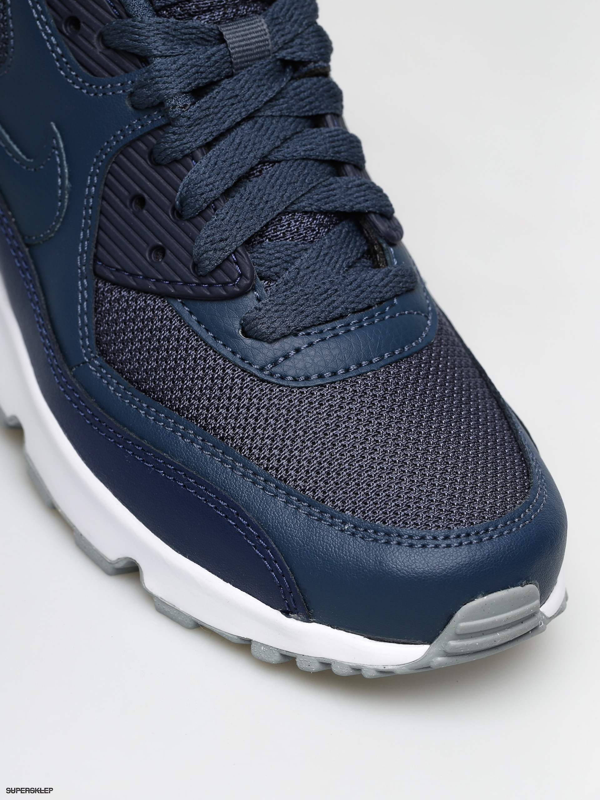 nike air max 90 white and navy blue