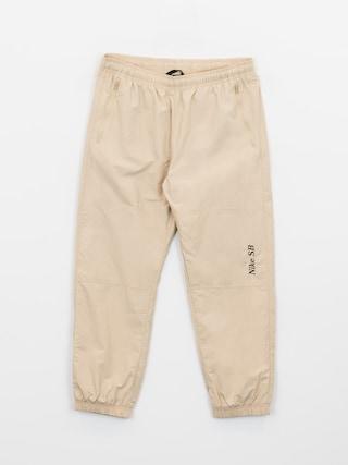 Spodnie Nike SB Left Leg Logo (grain/velvet brown)