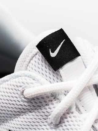 Buty Nike Roshe One Wmn (white/white black)