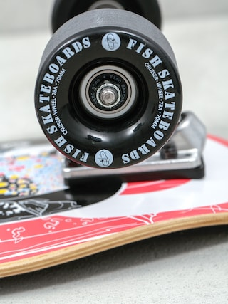 Deskorolka cruiser Fish Skateboards Catfish (silver/black)