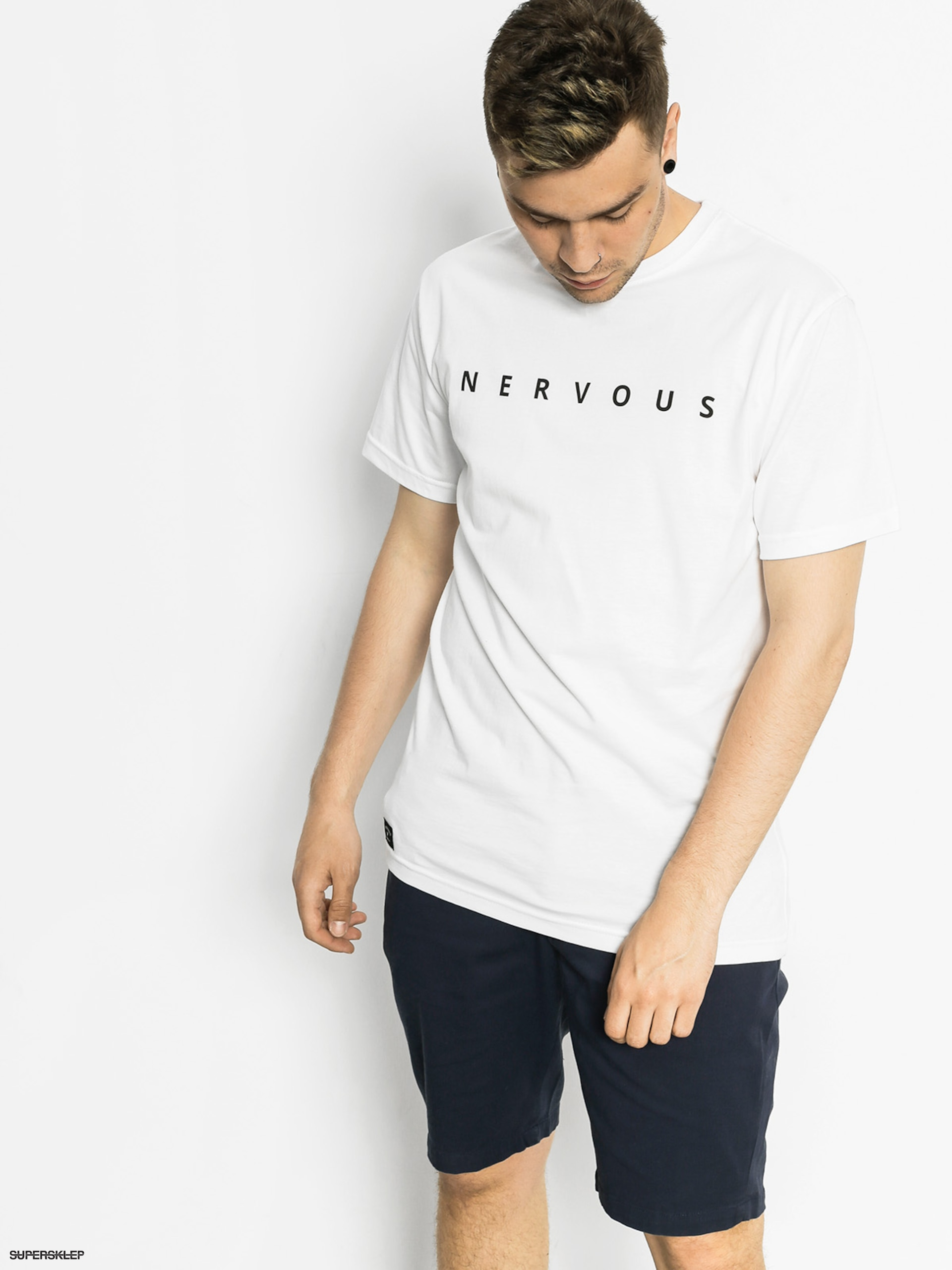 T-shirt Nervous Scratch