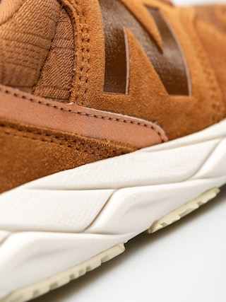 Buty New Balance T96 Wmn (brown)