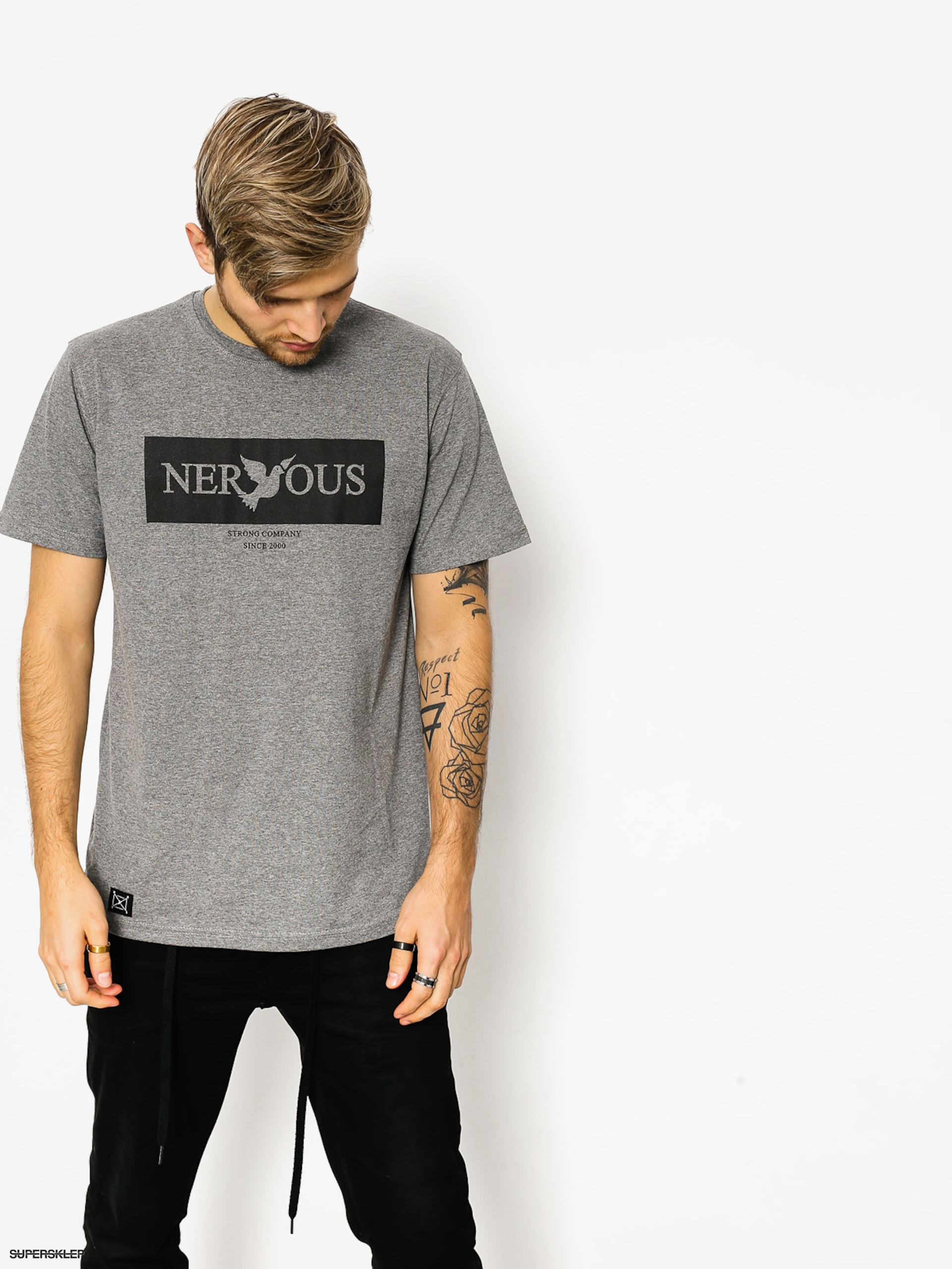 T-shirt Nervous Brand Box