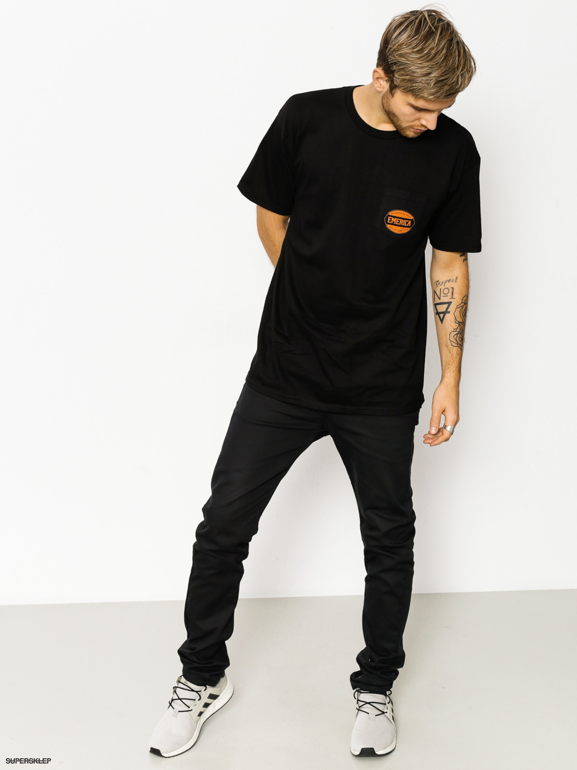 T-shirt Emerica Defy Badge (black)