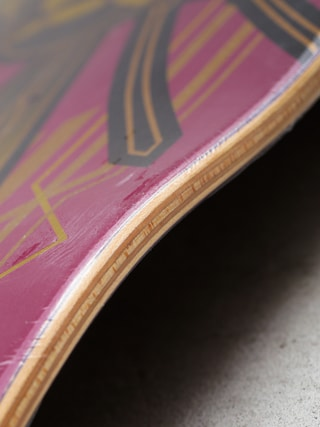 Deck Primitive Mc Clung Hornet (gold wasp/pink)