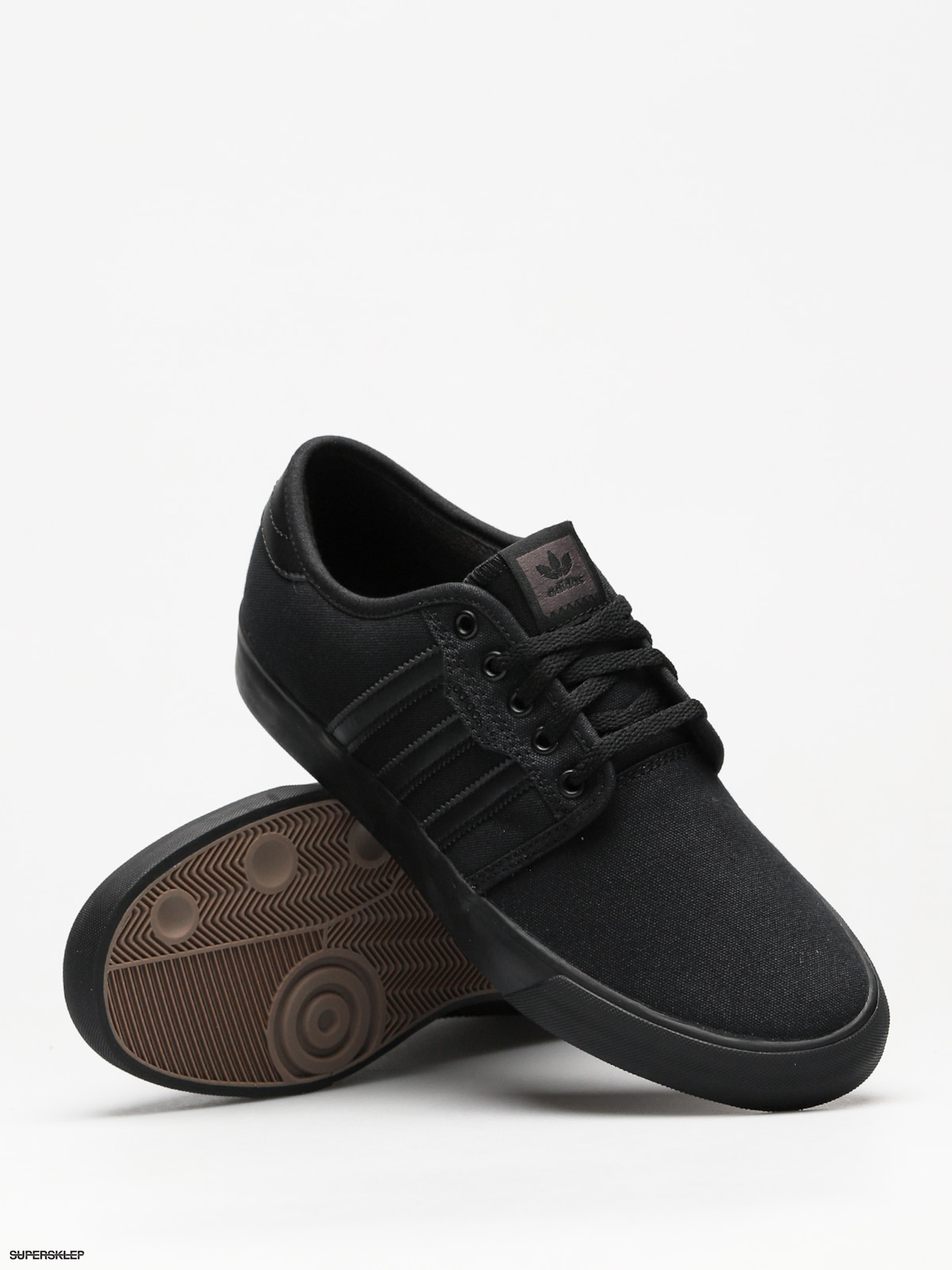 Buty adidas Seeley (core blackcore blackcore black)