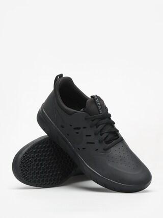 Buty Nike SB Nyjah Free (black/black black)